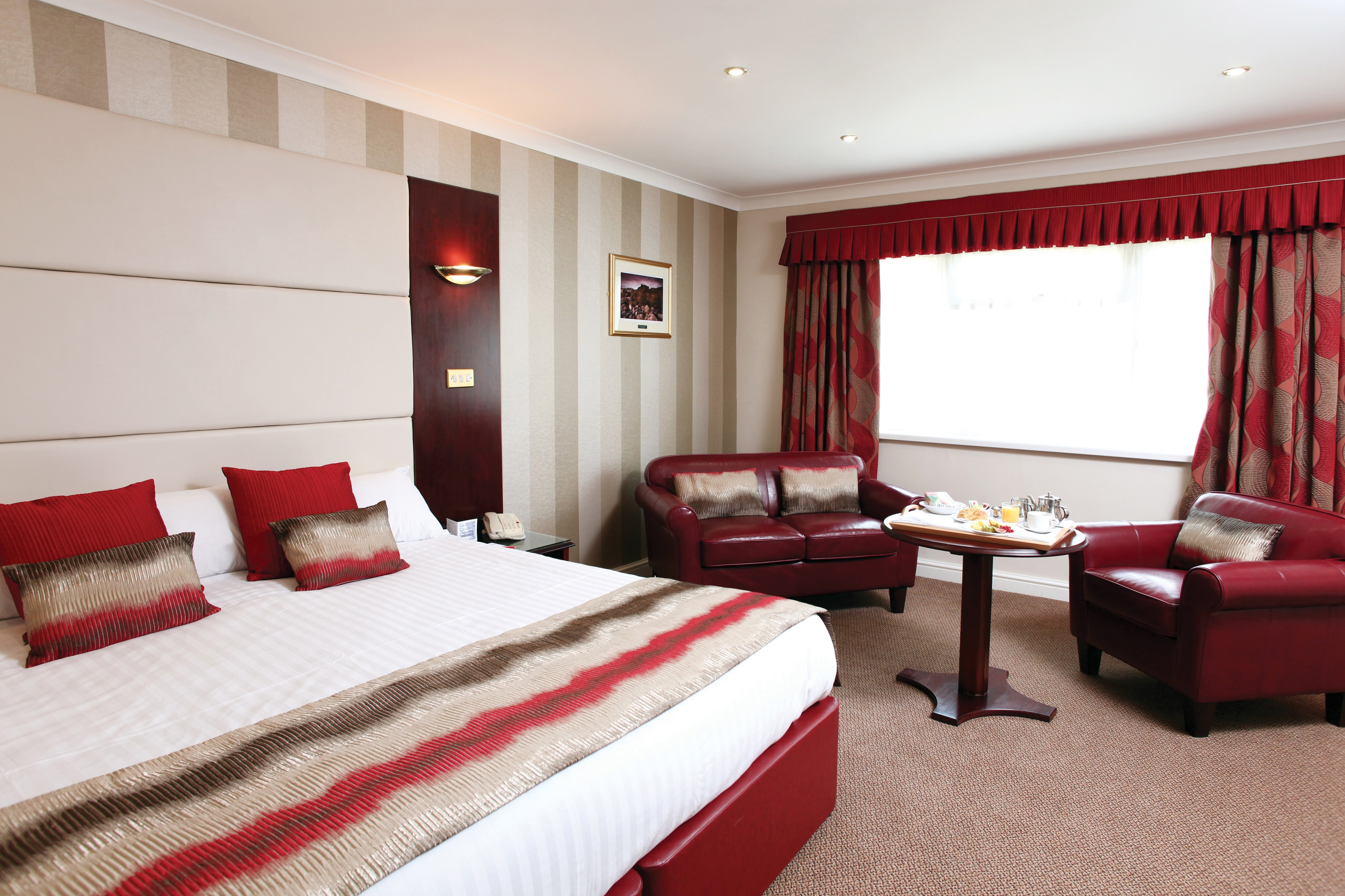 Newly Refurbished Superior Room_800x533 (5)